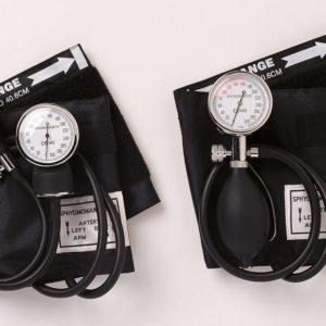 Emerald 'Clip On' Aneroid Sphygmomanometer (2 Tubes)
