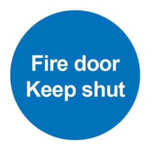 SIGN 100X100 FIRE DOOR KEEP SHUT PVC